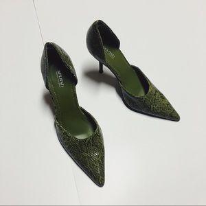 olive green snakeskin heels size 6